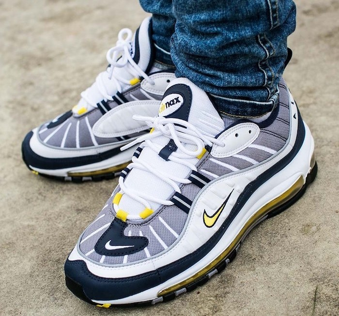 nike vintage homme chaussure