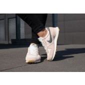 nike internationalist femme blush