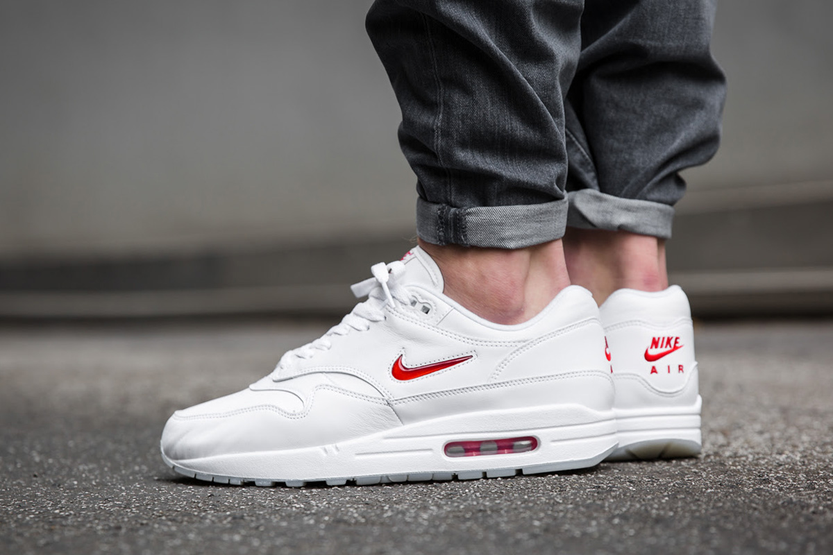 Nike Air Max Jewell Premium pas cher Baskets Femme Nike