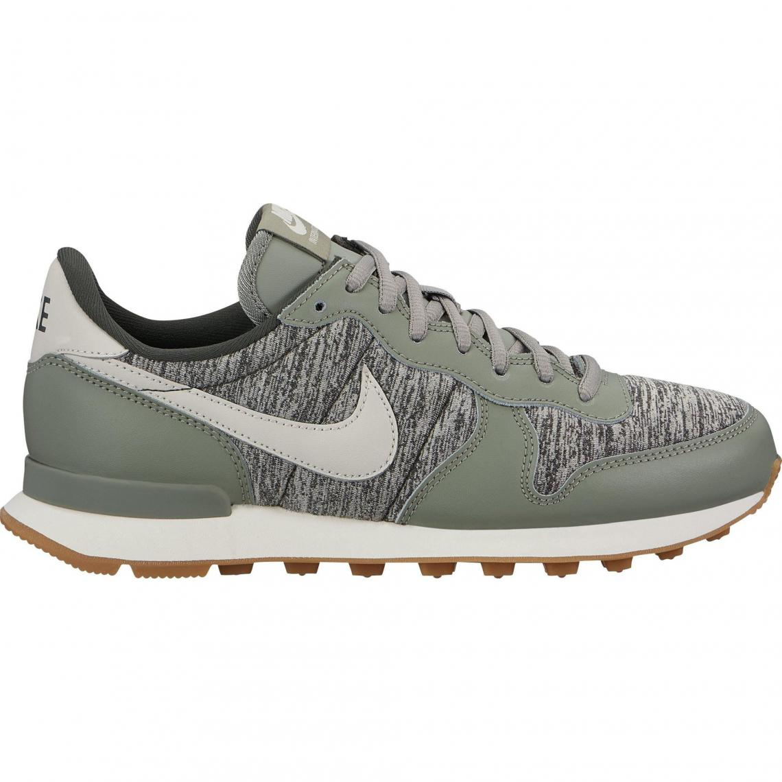 nike sportswear internationalist femme kaki